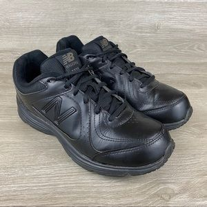 New Balance 411 Black Walking Shoes Size 8.5 Wide